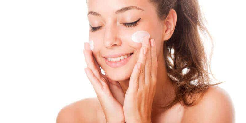 Dlaczego warto korzystać z kosmetyków pielęgnacyjnych w Avon?