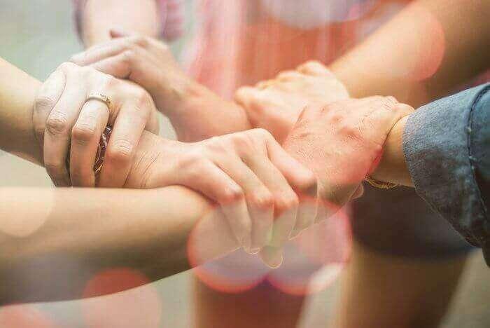 Jak pozyskać pierwsze konsultantki do zespołu?
